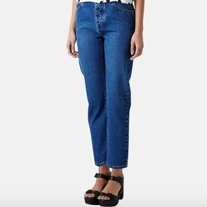 TOPSHOP Moto Girlfriend Jeans Cropped Button Fly
